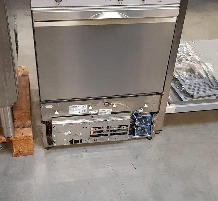 Untertisch-Spülmaschine